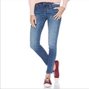 Vigoss Marley Super Skinny Jeans NWT